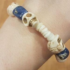 NWOT Handmade Sodalite Skull Shell Bracelet